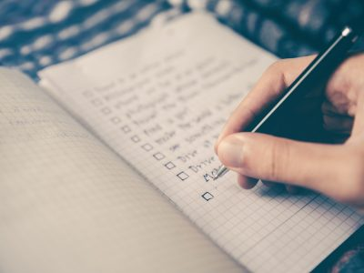 Post Holiday Checklist: Things You Can Do to Make 2015 a Success